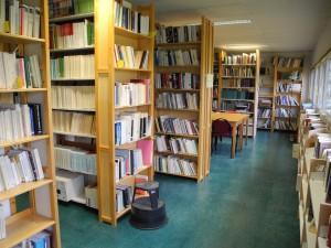 Photographie de la bibliothèque du GRHis